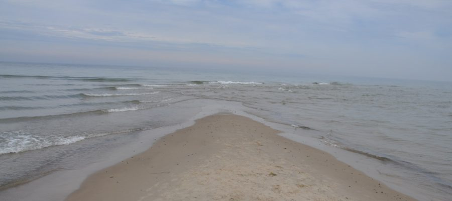 Grenen_-_Northernmost_tip_of_Denmark,_left_is_the_north_sea_and_right_the_baltic_sea